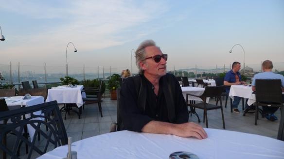 Meynard - Istanbul - 2012 - Interview