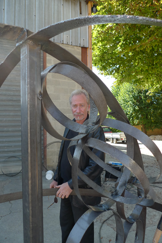 Meynard et sa sculpture World Champagne - Septembre 2011